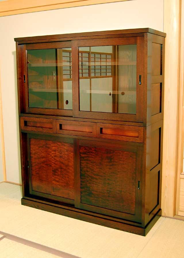 楓杢の飾り棚 ◆食器棚 ◆材質:楓/タモの総無垢 仕上げ:拭き漆 ◆1500H×12... 楓杢